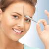 Угревая сыпь на лице у взрослого: причины и лечение