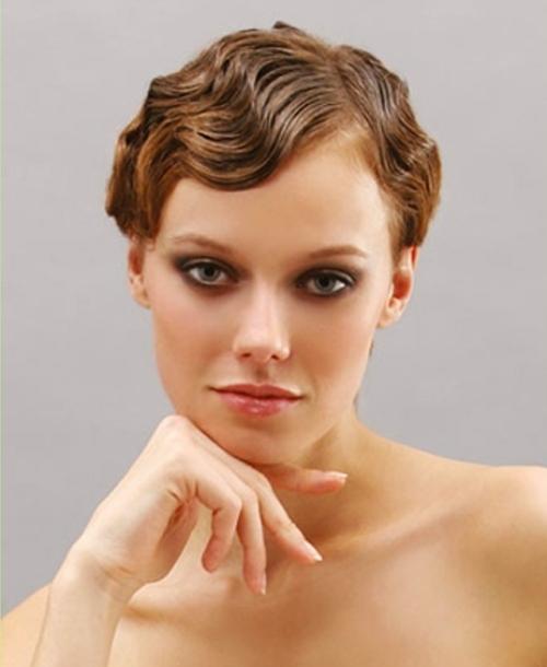свадебная прическа на короткие волосы с челкой2