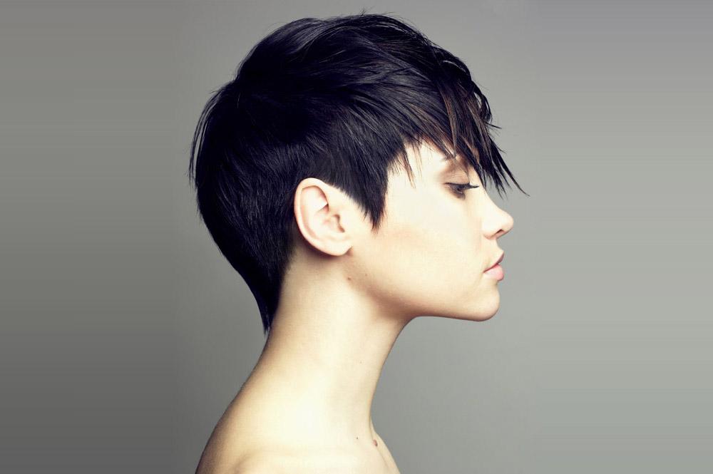 стрижка гарсон на короткие волосы фото