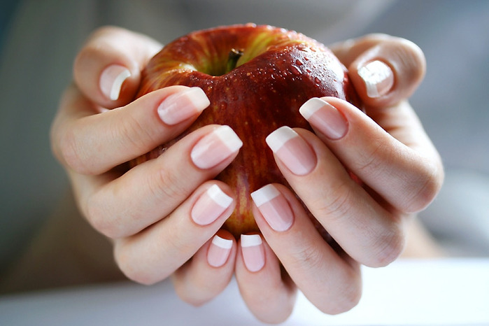 Искривление ногтевой пластины на руках