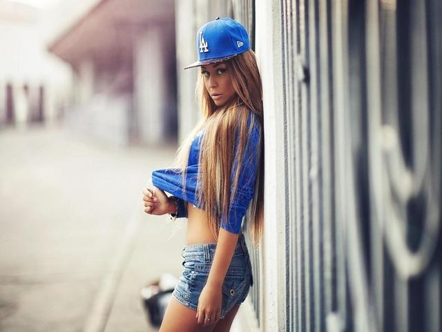 фото девушек в стиле свэг