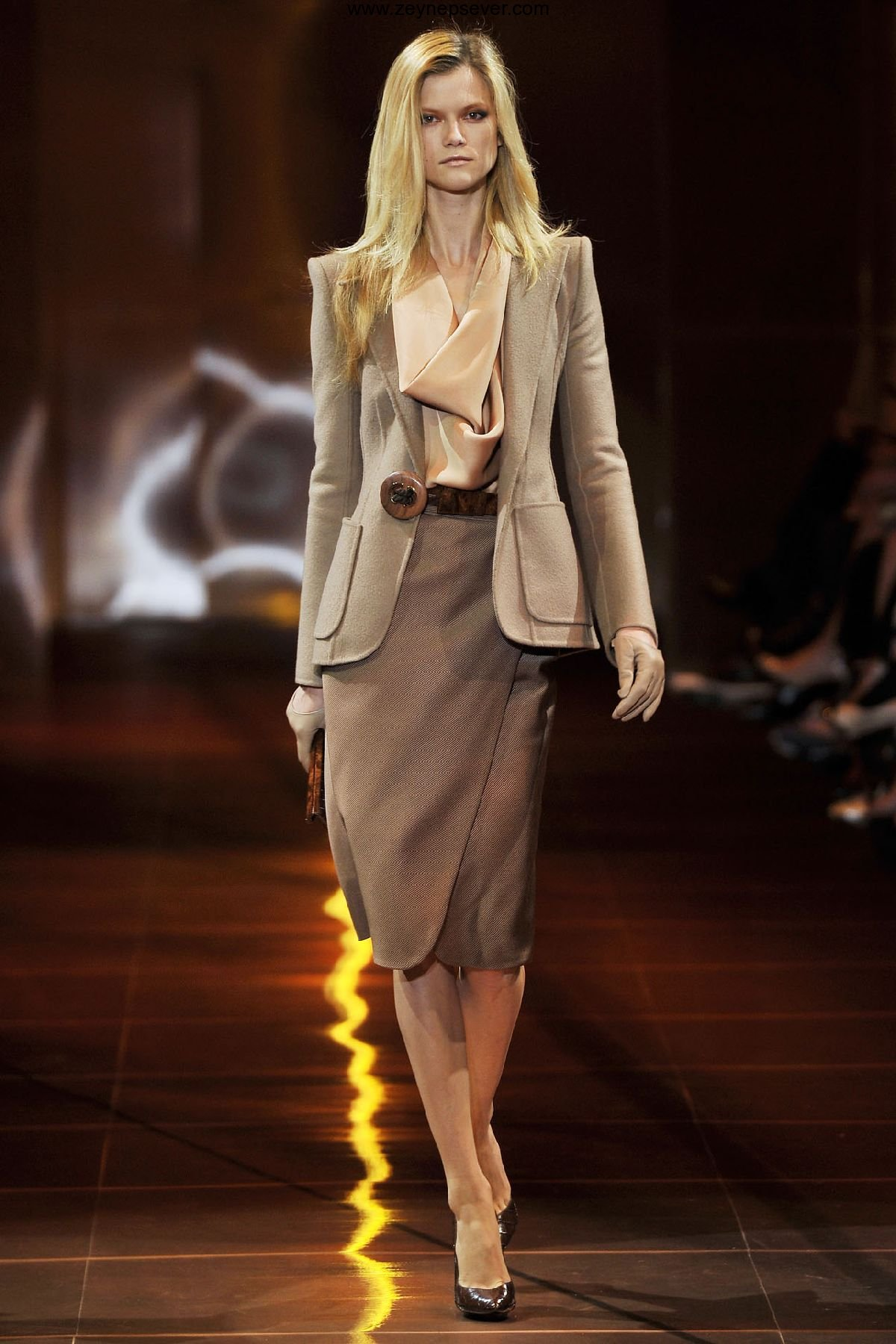 What is modern classic fashion