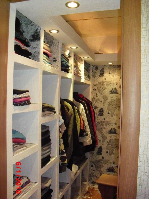 Гардеробные комнаты маленьких размеров - дизайн, фото, плани.