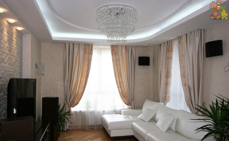 Дизайн квартир с двумя окнами фото