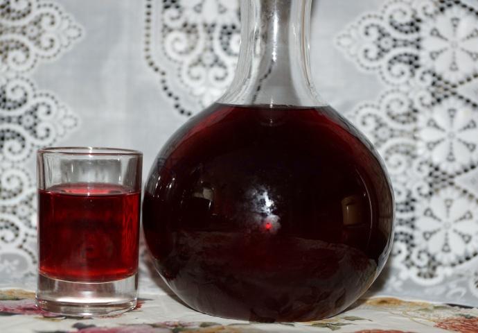 Вишневая настойка на водке в домашних условиях рецепт