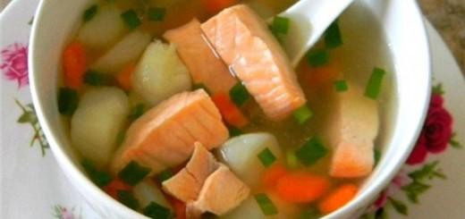 как приготовить уху из красной рыбы в домашних условиях