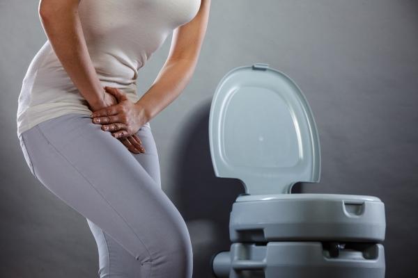 частое мочеиспускание у женщин без боли причины ночью