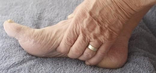 отёки ног причины и лечение у пожилых народными средствами